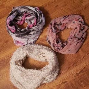 Lot of 3 infinity scarves.